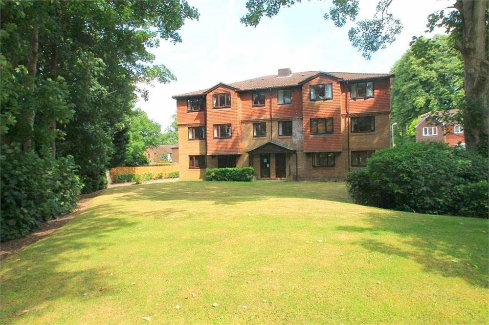 1 Bedroom Flat for sale in Tylersfield, ABBOTS LANGLEY, Hertfordshire