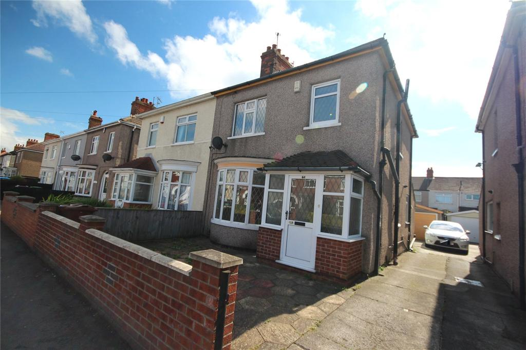 3 Bedrooms Semi Detached House for sale in Carr Lane, Grimsby, DN32