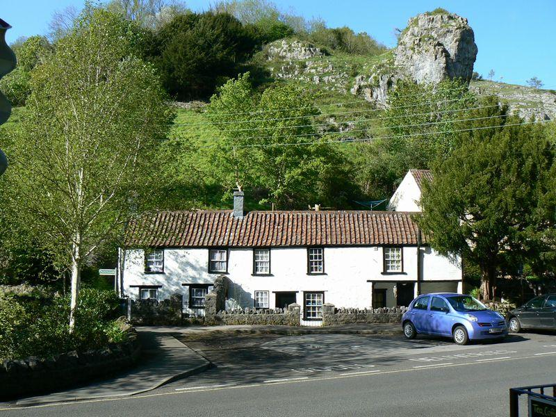 3 Bedrooms Detached House for sale in The Cliffs, Cheddar, Somerset, BS27