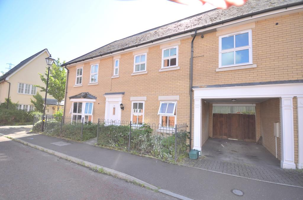 2 Bedrooms Maisonette Flat for sale in Waterside Lane, Colchester