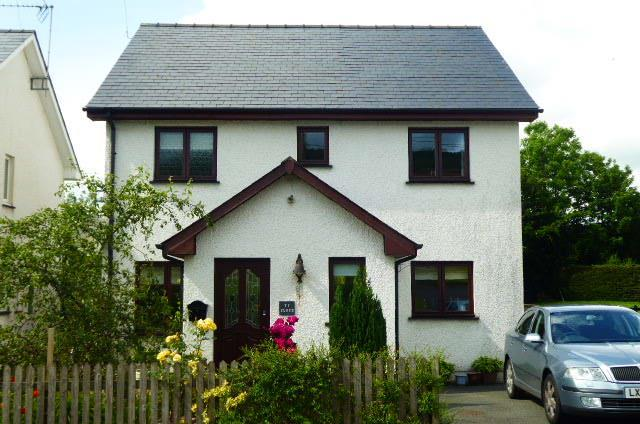 3 Bedrooms House for sale in Ty Cloch, Llandewi Brefi, Tregaron