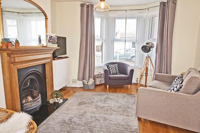 2 Bedrooms Terraced House for sale in Palmeira Road, Bexleyheath