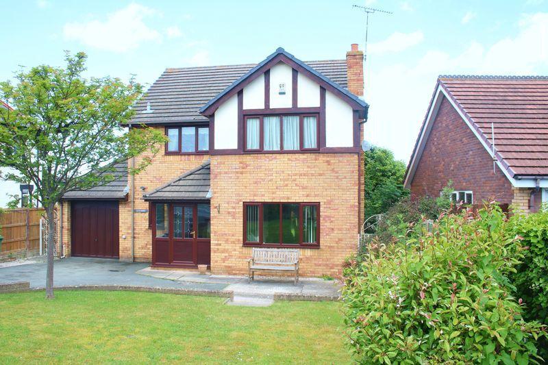 3 Bedrooms Detached House for sale in Abergele Road, Bodelwyddan