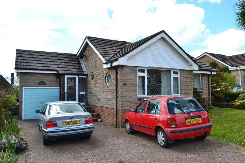 2 Bedrooms Detached Bungalow for sale in Brighstone