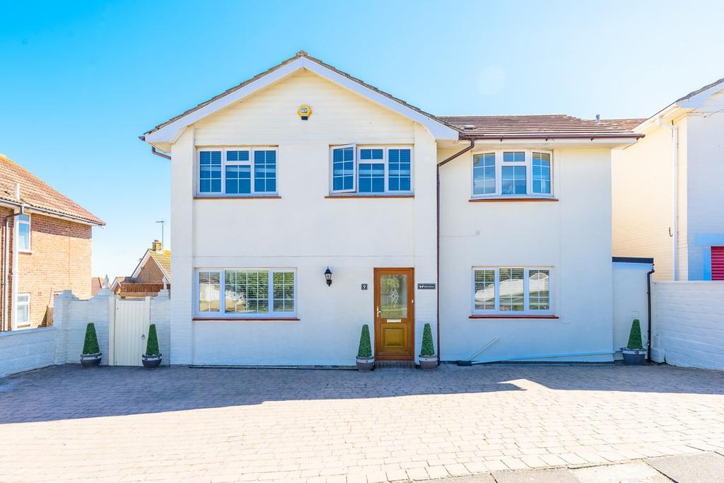 4 Bedrooms Detached House for sale in Lenham Avenue, Saltdean, Brighton, BN2