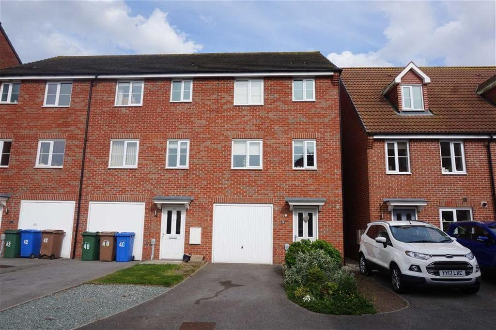 4 Bedrooms End Of Terrace House for sale in Kingscroft Drive, Brough, Brough, HU15