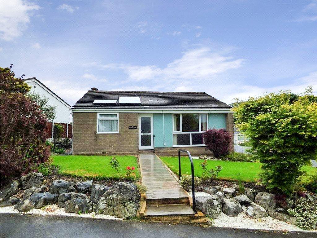 3 Bedrooms Detached Bungalow for sale in Moorview Way, Skipton