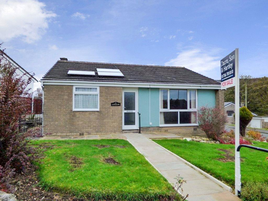 3 Bedrooms Detached Bungalow for sale in Moorview Way, Skipton
