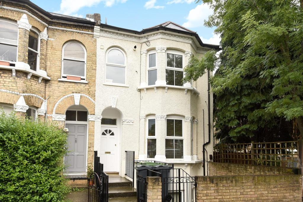 3 Bedrooms Maisonette Flat for sale in Whiteley Road, Crystal Palace