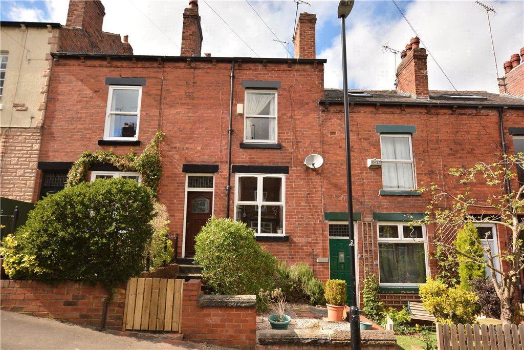 4 Bedrooms Terraced House for sale in Pasture Grove, Chapel Allerton, Leeds