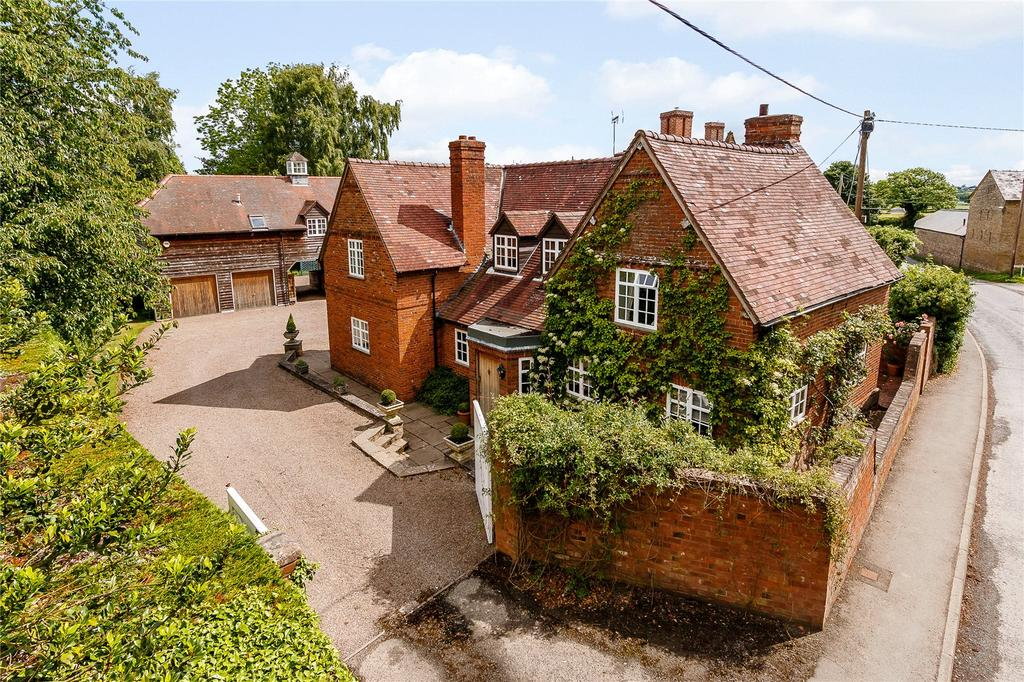 5 Bedrooms Detached House for sale in Orleton, Ludlow, Shropshire