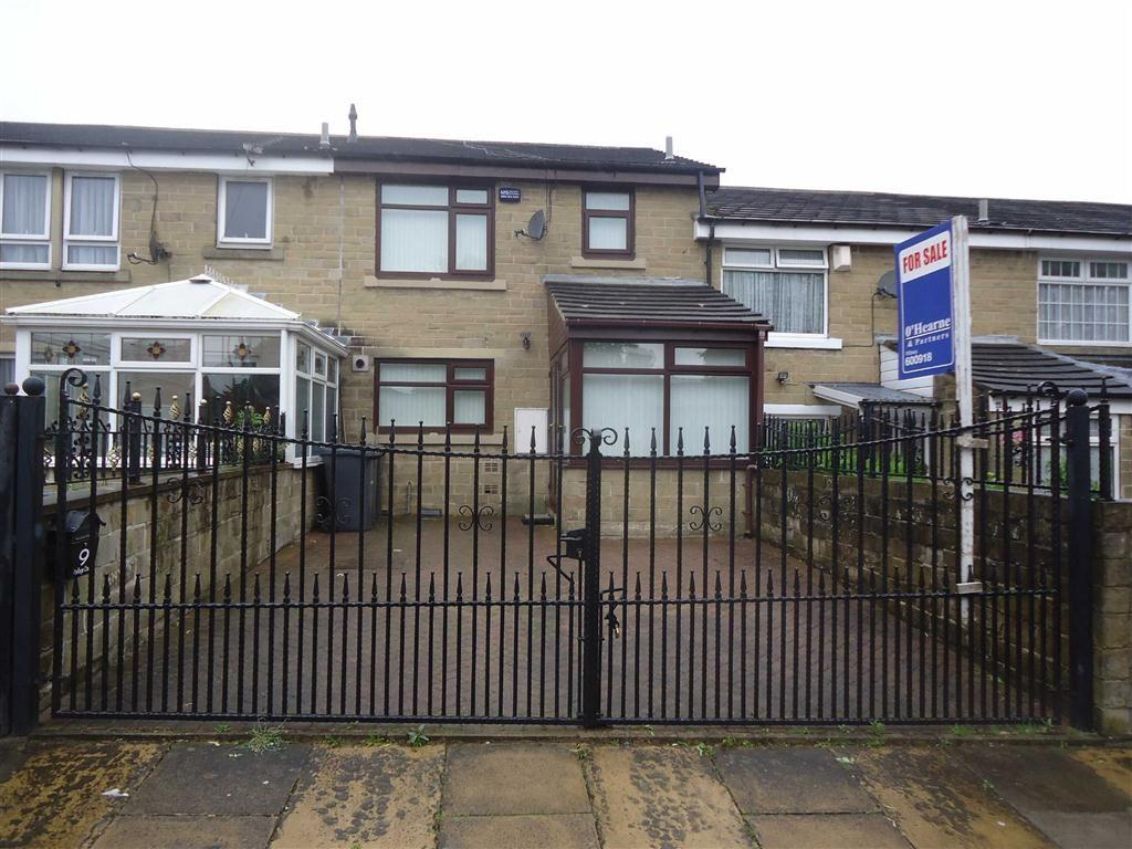 3 Bedrooms Town House for sale in Defarge Court, Bradford, West Yorkshire, BD5