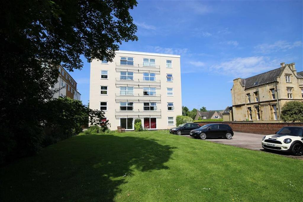 2 Bedrooms Flat for sale in Pittville Circus Road, Pittville, Cheltenham, GL52