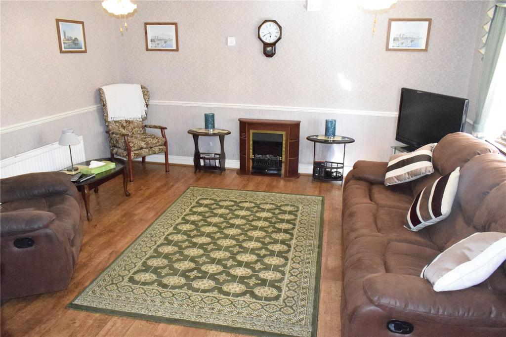 3 Bedrooms House for sale in Portnoi Close, Romford, RM1