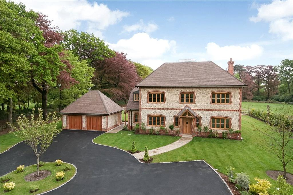 5 Bedrooms Detached House for sale in Froxfield, Petersfield, Hampshire, GU32