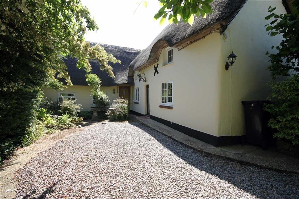 4 Bedrooms Cottage House for sale in Middlehill Road, Colehill