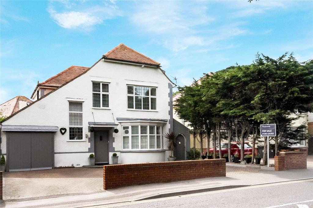 5 Bedrooms Detached House for sale in Belle Vue Road, Bournemouth, Dorset, BH6