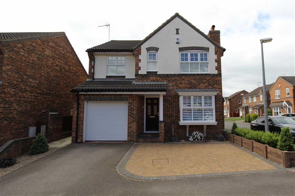 4 Bedrooms Detached House for sale in Badminton Close, Bridlington, East Yorkshire, YO16