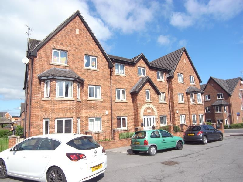 2 Bedrooms Flat for sale in PAVILION CLOSE. PUDSEY, LS28 6NL