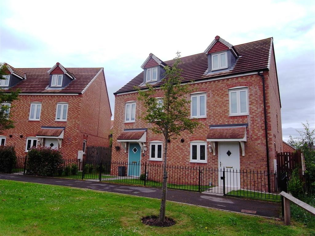 3 Bedrooms Semi Detached House for sale in Parkside, Darlington