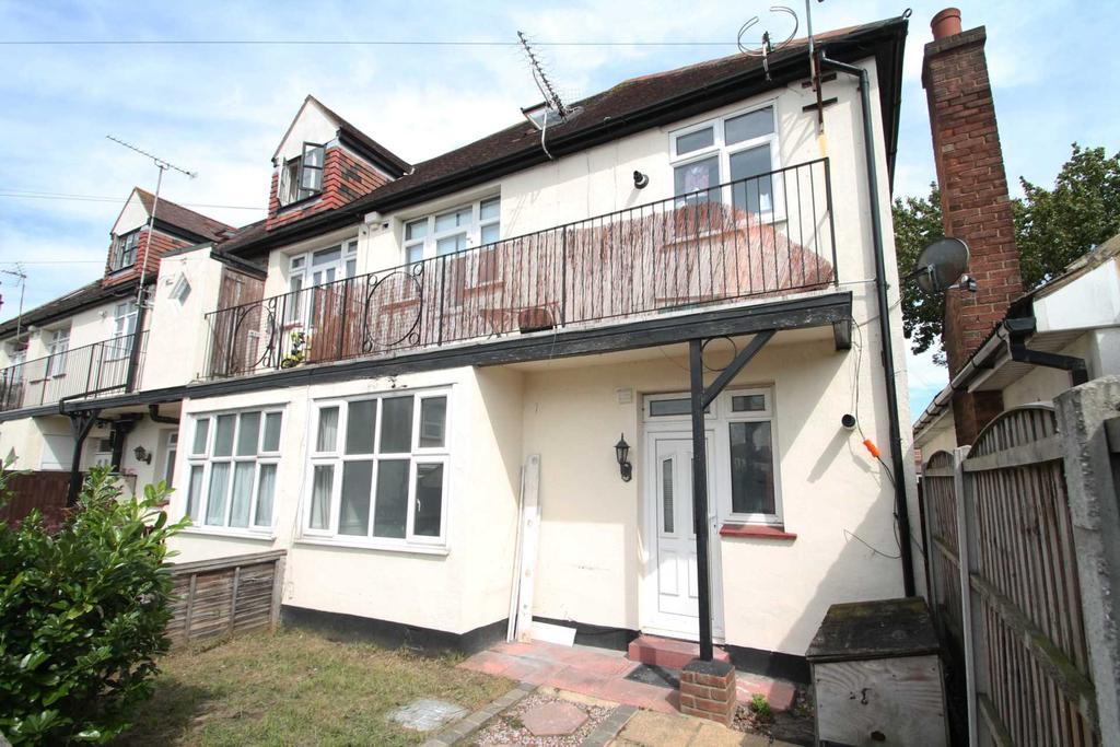 2 Bedrooms Apartment Flat for sale in Hamstel Road, Southend On Sea
