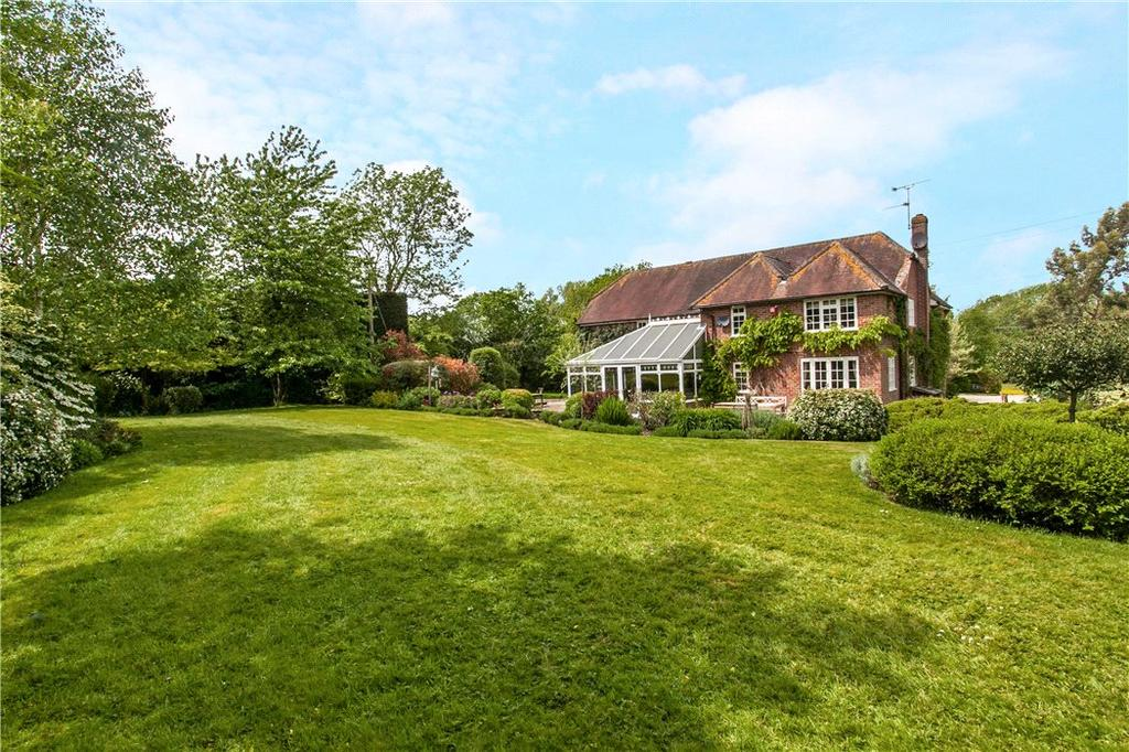 5 Bedrooms Detached House for sale in Pamber Road, Charter Alley, Tadley, Hampshire, RG26