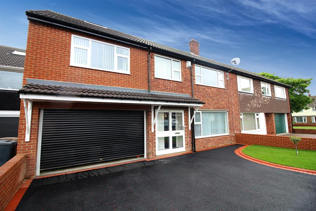5 Bedrooms Semi Detached House for sale in Malvern Road, North Shields