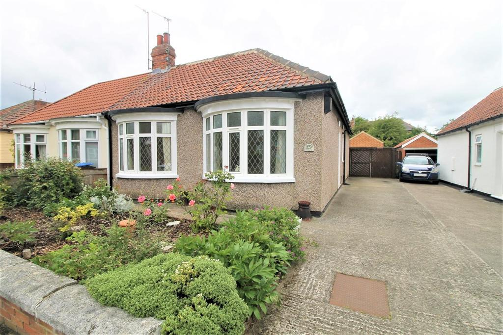 2 Bedrooms Semi Detached Bungalow for sale in Kirkgate Road, Middlesbrough