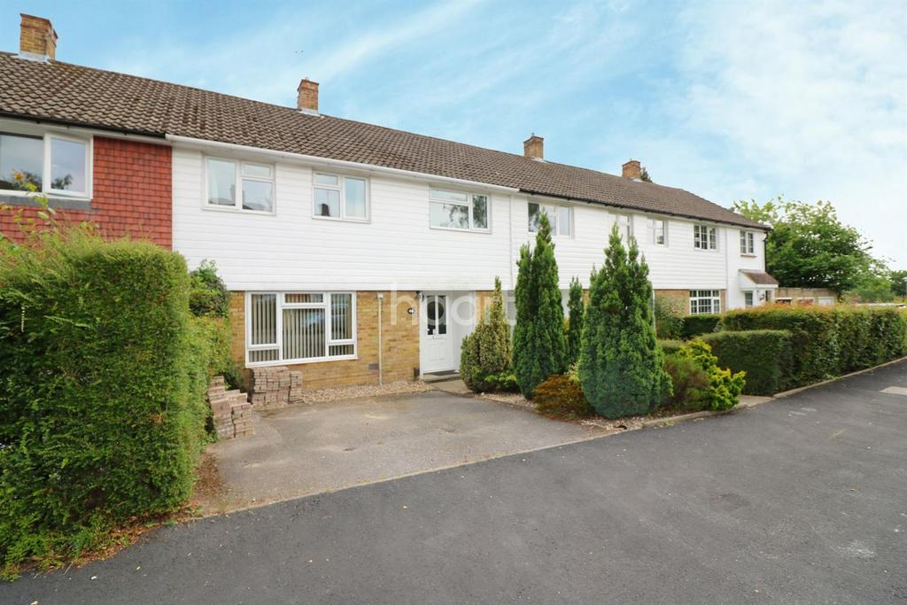 3 Bedrooms Terraced House for sale in Easthampstead, Bracknell.