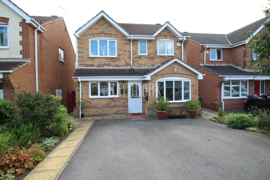 4 Bedrooms Detached House for sale in All Saints Meadows, Dinnington