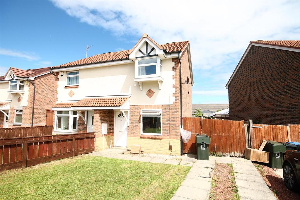 2 Bedrooms Semi Detached House for sale in Hanson Grove, Middlesbrough