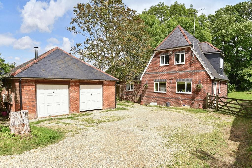 5 Bedrooms Detached House for sale in Twyford Moors, Winchester, Hampshire