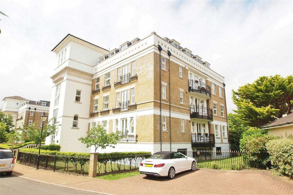 3 Bedrooms Flat for sale in Osbourne House, 10 St Martins Lane, Langley Park, Beckenham