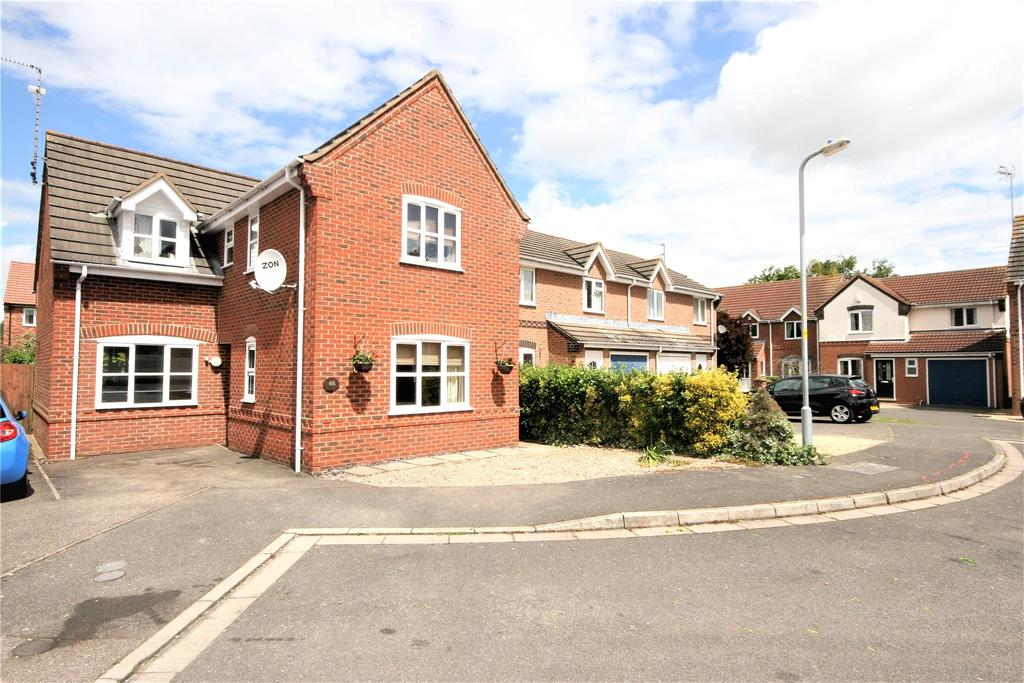 3 Bedrooms Detached House for sale in Horse Fayre Fields, Spalding, PE11