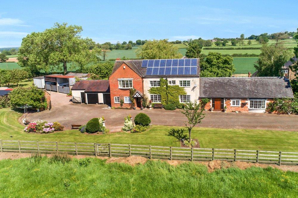 5 Bedrooms Detached House for sale in Sutton On The Hill, Ashbourne