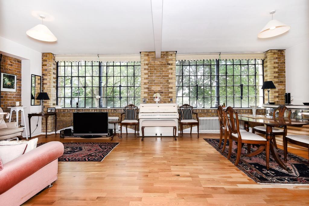 2 Bedrooms Flat for sale in Long Lane London Bridge SE1