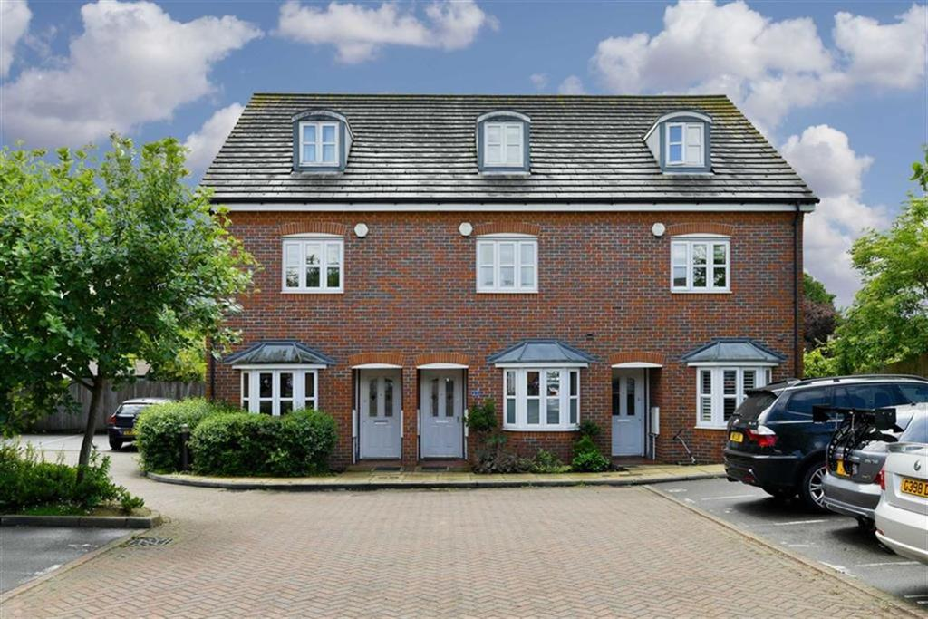 4 Bedrooms Town House for sale in Silvergate, West Ewell, Surrey
