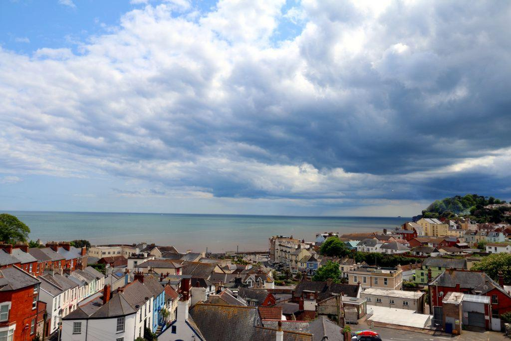 7 Bedrooms House for sale in Priory Road, Dawlish, EX7