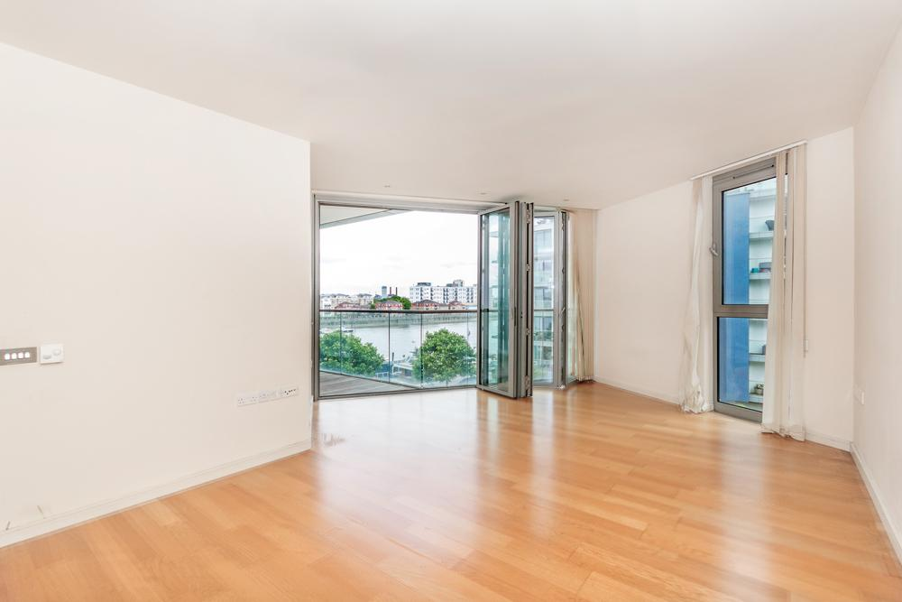 2 Bedrooms Flat for sale in Milliners House, Eastfields Avenue, Putney, SW18