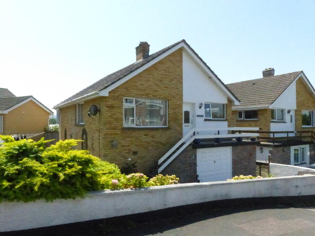 3 Bedrooms Detached House for sale in Moorpark Road, Kingskerswell