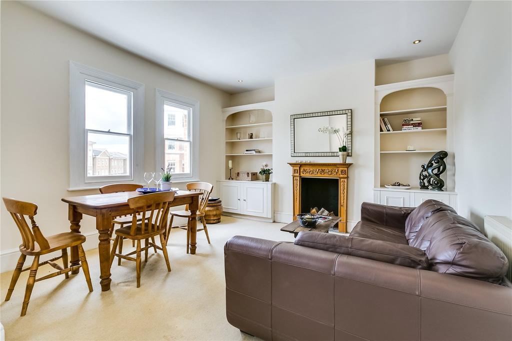 2 Bedrooms Flat for sale in Battersea Bridge Road, London
