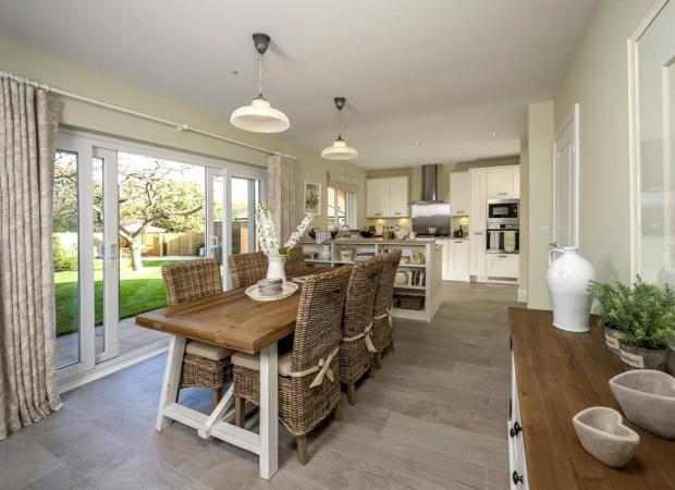 4 Bedrooms Detached House for sale in Hauxton Meadows, Cambridge Road, Hauxton, Cambridgeshire