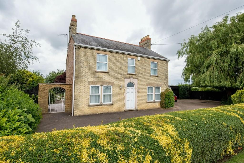 4 Bedrooms Detached House for sale in Main Road, Three Holes