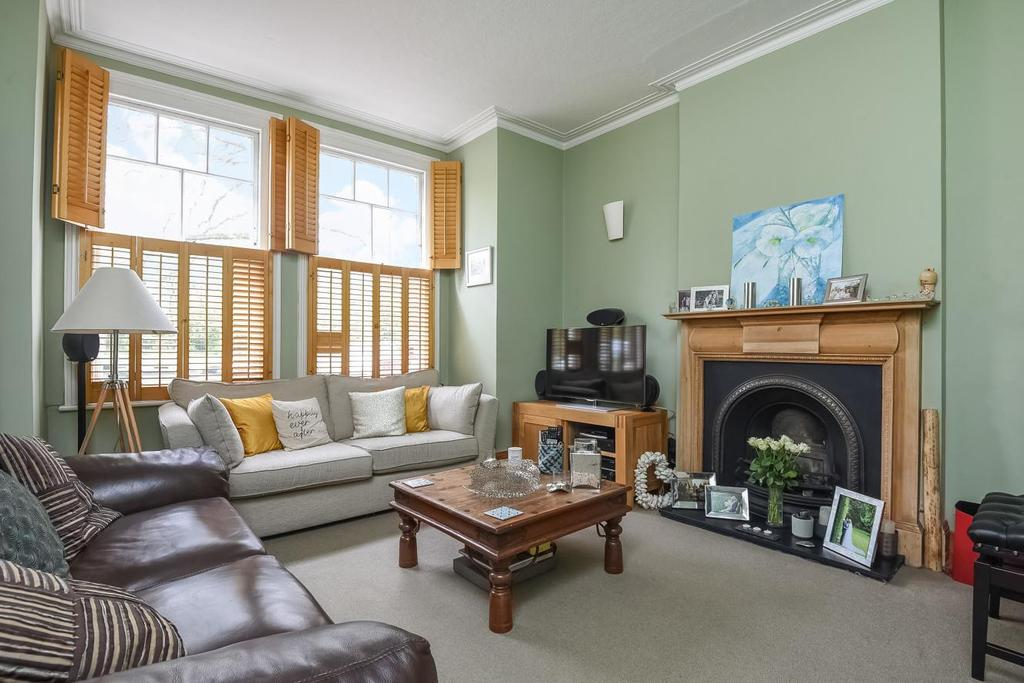 2 Bedrooms Flat for sale in Emmanuel Road, Balham, SW12