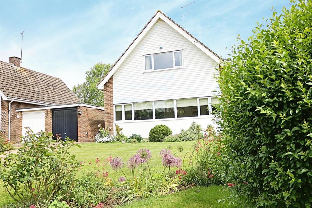 3 Bedrooms Detached House for sale in North Bedford Village