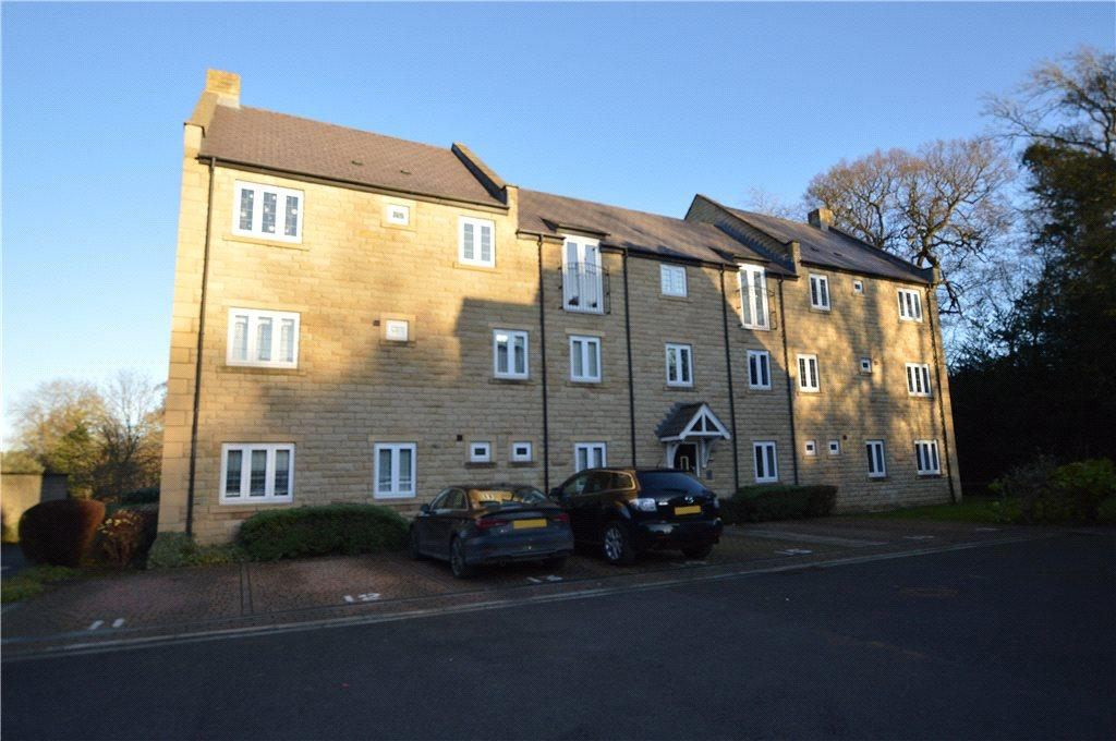 3 Bedrooms Apartment Flat for sale in Clark Beck Close, Harrogate, North Yorkshire