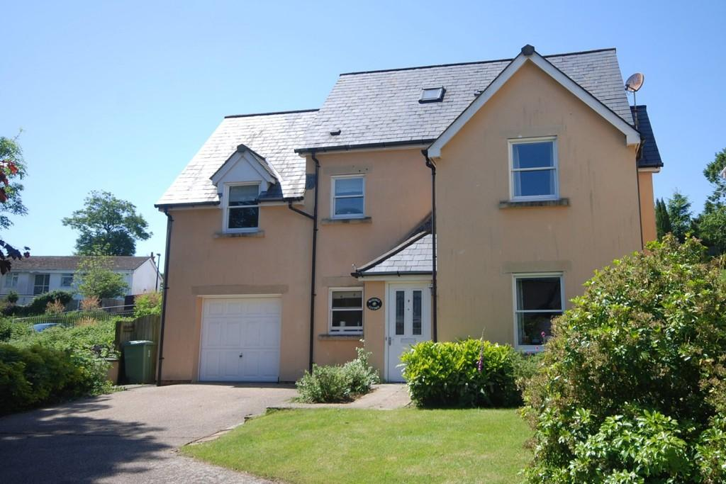 5 Bedrooms Detached House for sale in The Vines, Colwinston, Near Cowbridge, Vale of Glamorgan, CF71 7NB