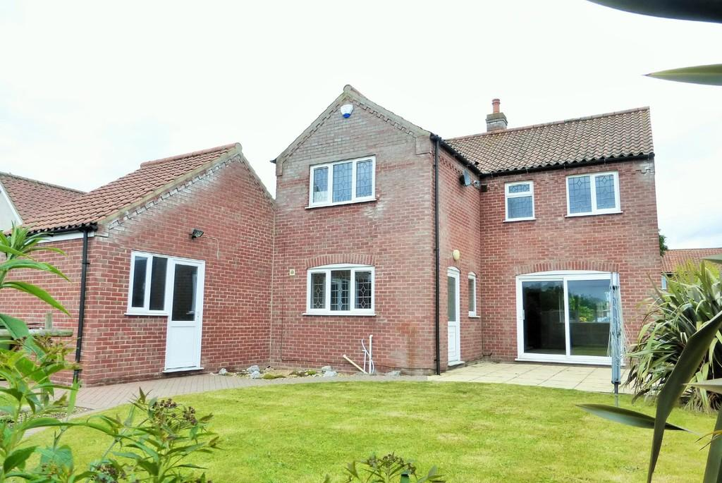 4 Bedrooms Detached House for sale in Thurlton