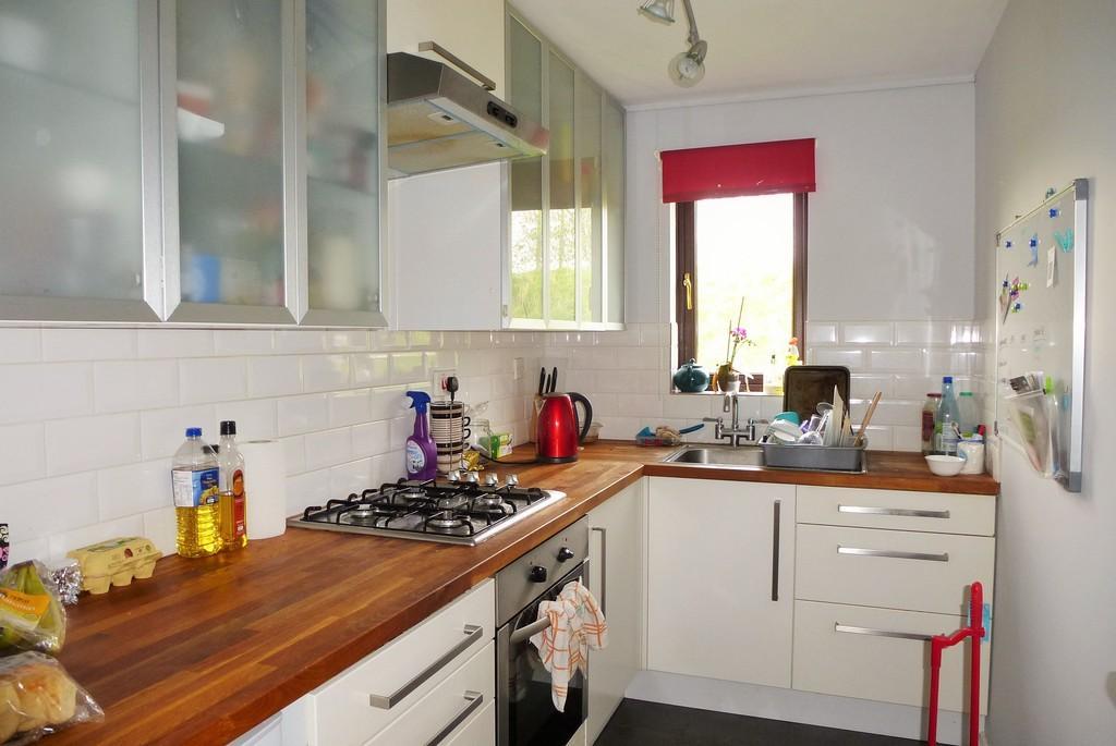 1 Bedroom Flat for sale in Loddon