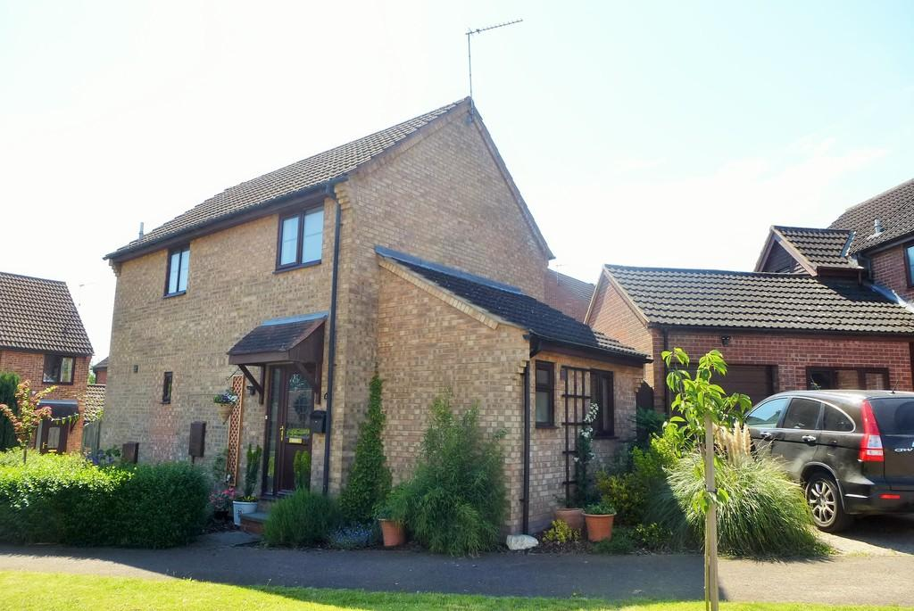 3 Bedrooms Detached House for sale in Loddon